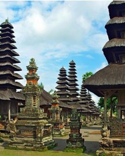 Tamblingan Jungle Trekking Bedugul Tanah Lot Tour