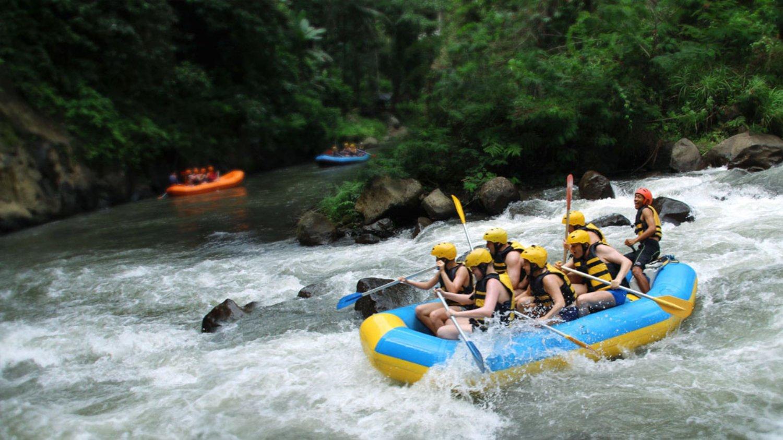 Bali White Water Rafting Adventure, Get through Waterfall