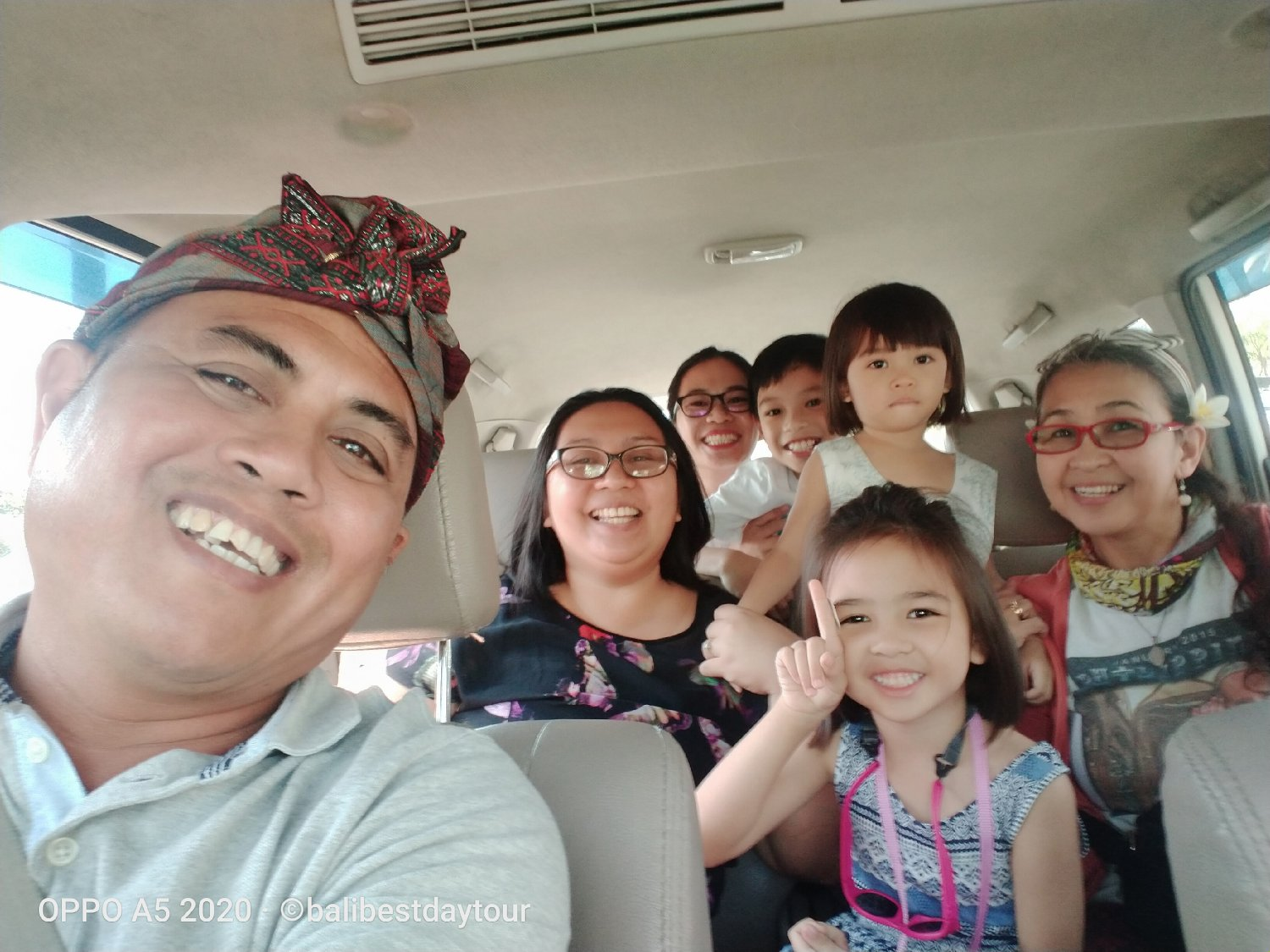 Bali Private Guide Driver and Transport Service Day Tour (start at IDR 450K)