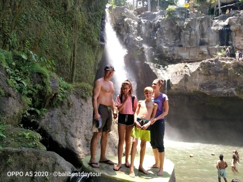 Ubud Tour Tegenungan Waterfall