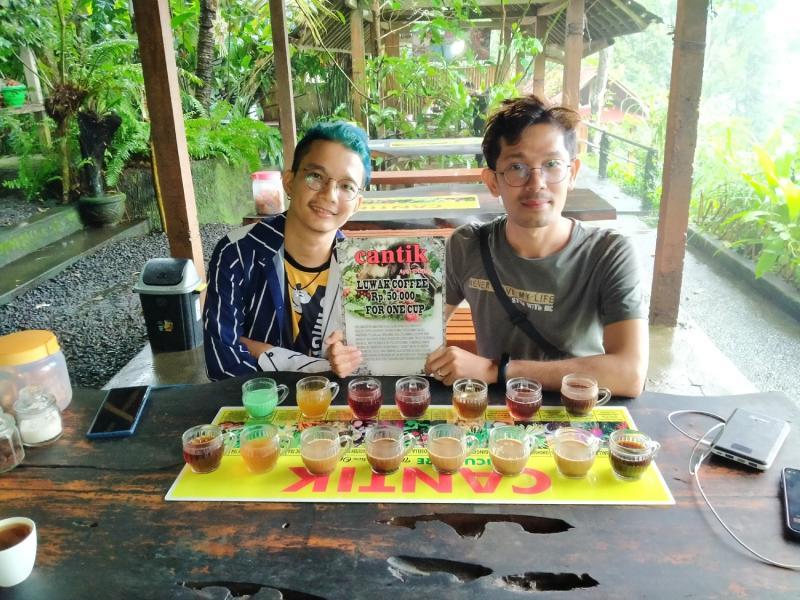 Privat mount batur trekking, hot spring and coffee plantation tour