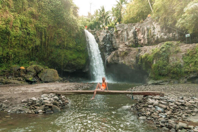 Taxi Service to Tegenungan Waterfall